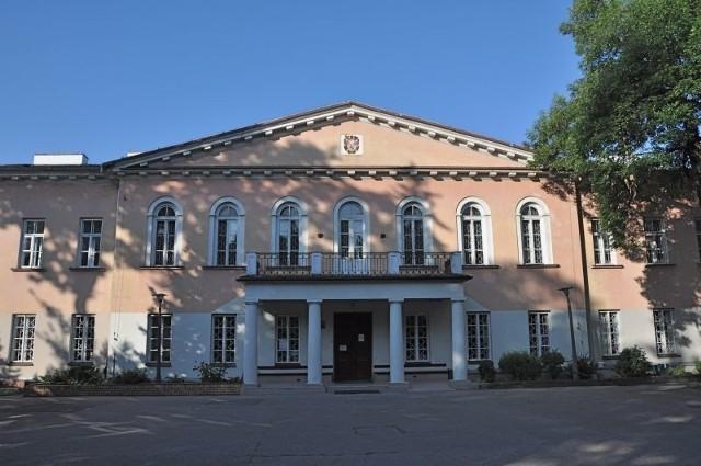VI Liceum Ogólnokształcące w Białymstoku.