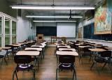 Uczniowie wrócą do szkół tuż po feriach? Dyrektorzy czekają na decyzję ministra edukacji. Dziś zebranie komisji MEN