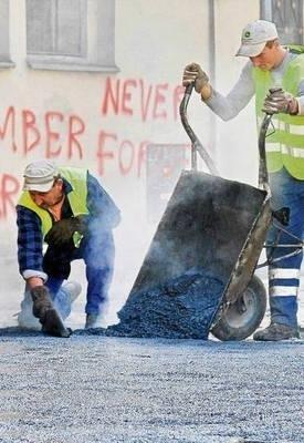 Dziesiątki chodników do remontu FOT. ANNA KACZMARZ