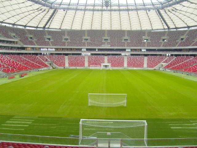 Stadion Narodowy Do Euro jeszcze 100 dni, ale ceny najmu w miastach, w których będą rozgrywane mecze, już wzrosły dwukrotnie.