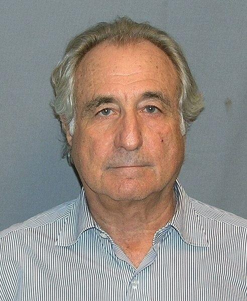 Bernard Lawrence Madoff. Został aresztowany 11 grudnia 2008,...
