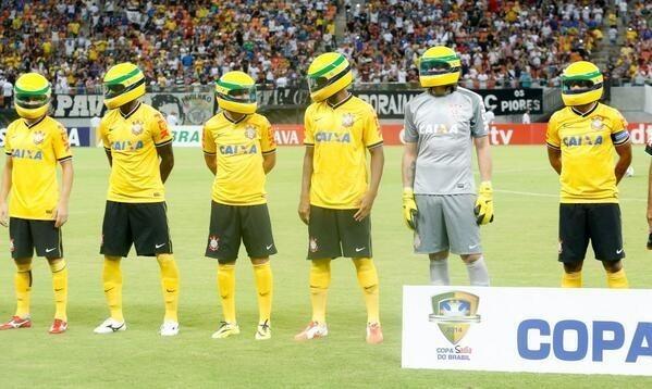 Piłkarze Corinthians uczcili pamięć zmarłemu Ayrtonowi Sennie