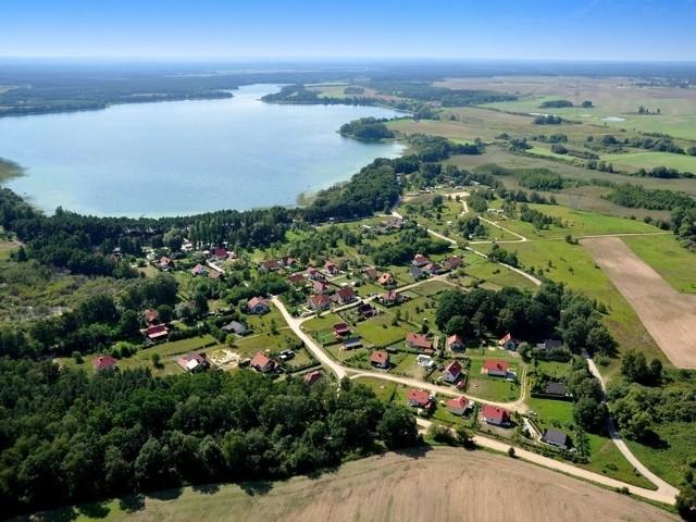 Jedną z turystyczno-krajobrazowych perełek Przytocznej jest jez. Lubikowskie.