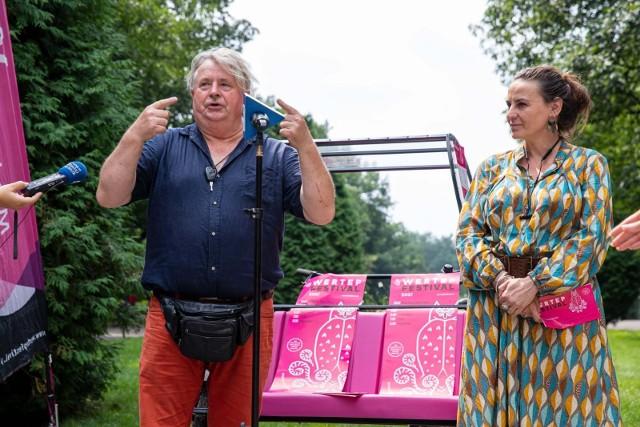 MFT Wertep rusza 30 lipca. O szczegółach 13. edycji wędrującej imprezy opowiedzieli Dariusz Skibiński i Agata Rychcik-Skibińska podczas konferencji w Parku Planty.