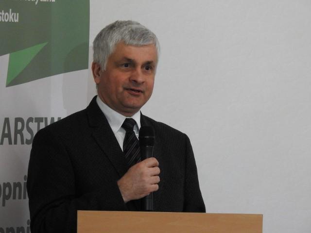 Wojewoda Bohdan Paszkowski unieważnił studium, bo projekt nie zawierał poprawek (była na rękę firmy Jaz-Bud) przegłosowanych w poprzedniej kadencji przez PiS.