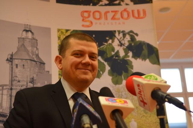 Prezydent Jacek Wójcicki: Gorzowianie w 2021 r. przede wszystkim będą dumni ze swojego miasta. Dziś przejawy takiej dumy zauważam, są liczne, ale w wymiarze indywidualnym. Jako grupa, jako społeczność, niekoniecznie taką dumę okazujemy.