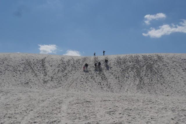 Odkrywamy Dolny Śląsk. Ta plaża i lazurowe jezioro są piękne, ale też wyjątkowo niebezpieczne