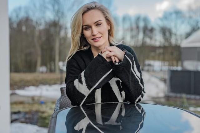 """Kim są uczestnicy nowej edycji """"Rolnik szuka żony""""? Wśród nich piękna Kamila Boś, która zachwyciła widzów urodą [ZDJĘCIA]"""