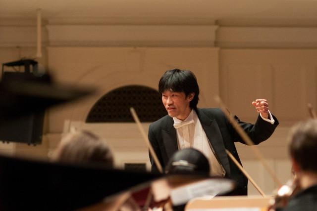 Koncertem zadyryguje Cheung Chau