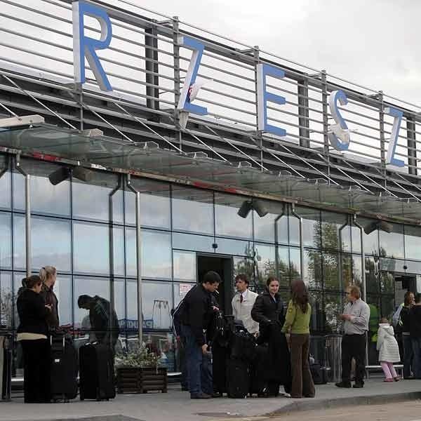 Ryanair na trasie Rzeszów - Dublin chce rocznie przewozić 30 tys. pasażerów.