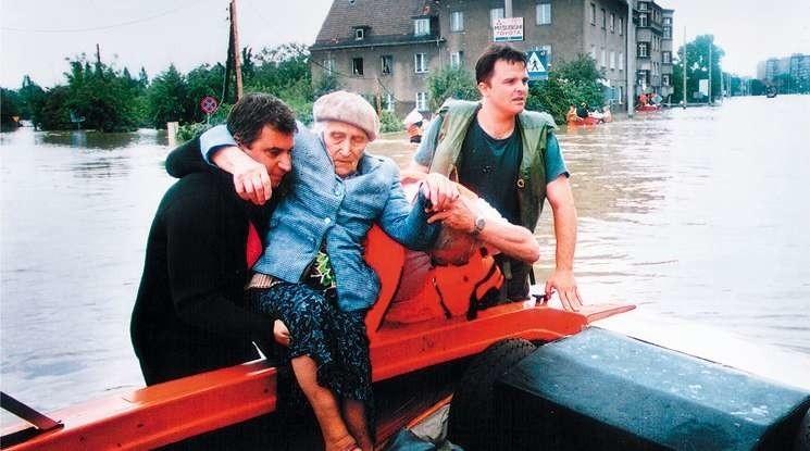 10 lipca 1997 wielka woda dotarła do Opola [20 LAT PO POWODZI]
