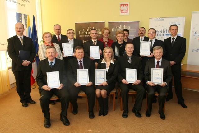 Najlepszym Solidnym Firmom w naszym regionie wręczono wczoraj w Świętokrzyskim Urzędzie Wojewódzkim certyfikaty potwierdzające ich dobrą markę.