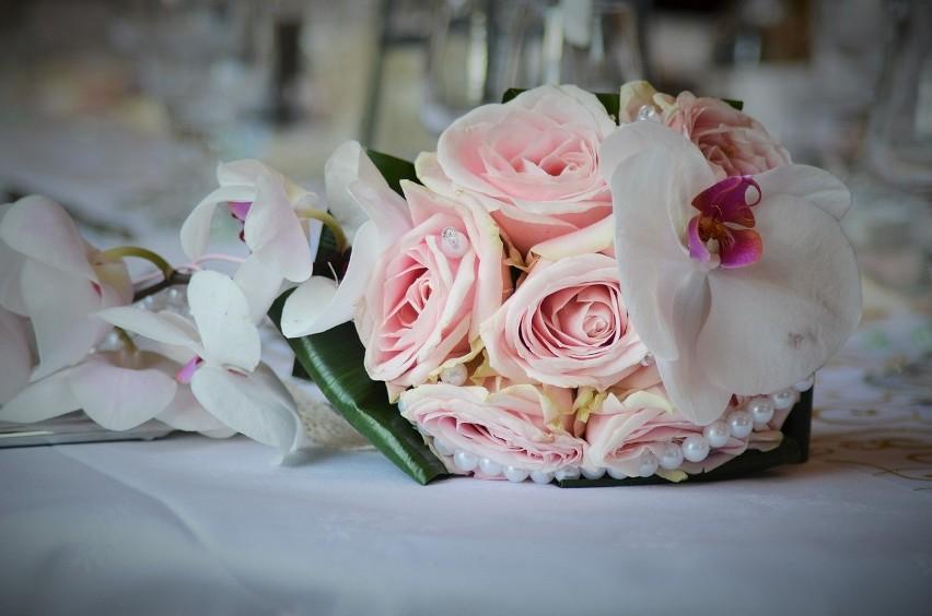 Limity gości na weselach się zmieniają. Aktualnie młodzi...