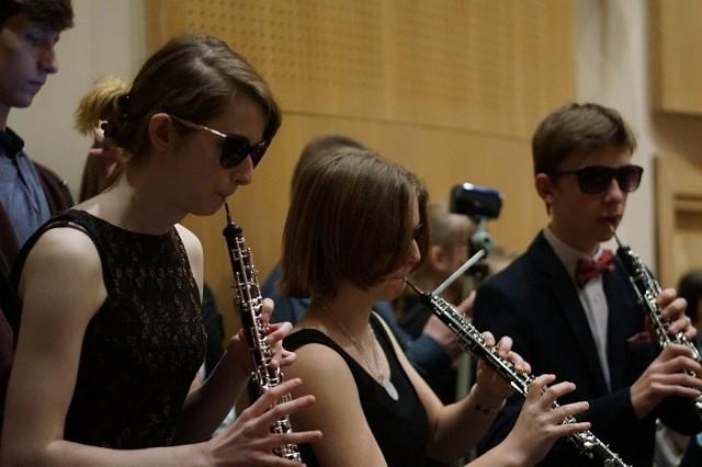 Wielu młodych muzyków doskonale wczuło się w rolę