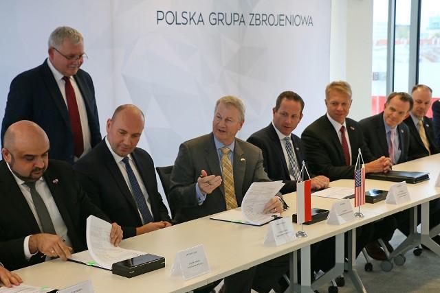 24 października br., wchodząca w skład Polskiej Grupy Zbrojeniowej Huta Stalowa Wola S.A. otrzymała od Raytheon Company zamówienie na przygotowanie realizacji przyszłego kontraktu na zbudowanie systemu antyrakietowego.