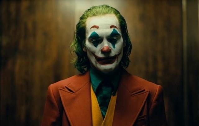 """Z kolei w paśmie """"Kino w plenerze"""" zobaczymy m.in. """"Jokera""""Czytaj dalej. Przesuwaj zdjęcia w prawo - naciśnij strzałkę lub przycisk NASTĘPNE"""