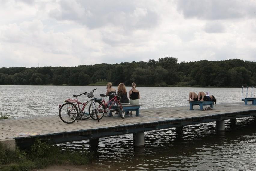 Okolice jeziora Rusałka to idealne miejsce na rowerową...