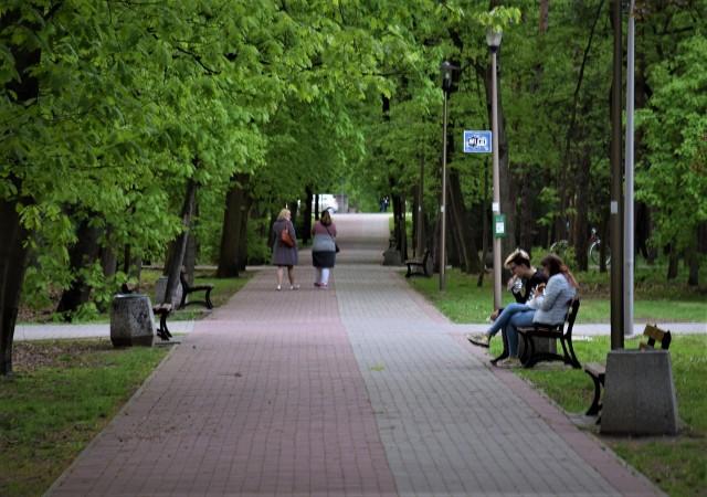 Tak obecnie wygląda Park Orderu Uśmiechu. Mieszkańcy boją się, że się zmieni na gorsze.