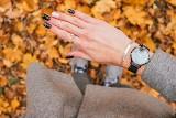 Paznokcie na jesień 2021. Jesienne stylizacje, wzory, kolory. Co króluje na paznokciach tej jesieni. Paznokcie: trendy 16.10.21