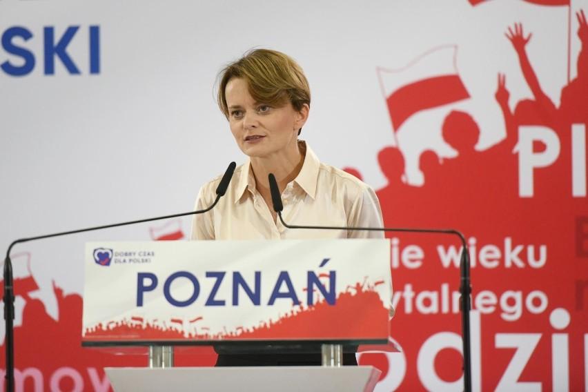 W ubiegłym tygodniu potwierdziły się doniesienia dotyczące politycznej przyszłości Jadwigi Emilewicz. Wicepremier i minister rozwoju postanowiła rozstać się z Porozumieniem Jarosława Gowina.