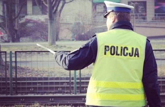 Kontrola prędkości - zatrzymanie kierowcy - zdjęcie ilustracyjne