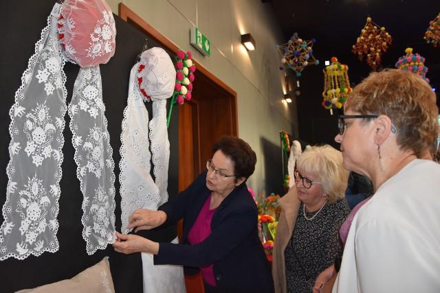 Po rozdaniu nagród Kinga Turska -Skowronek, przewodnicząca jury, wyjaśniała ludowym artystom tajniki werdyktu. Każdy mógł się dowiedzieć co zrobił źle, a co dobrze