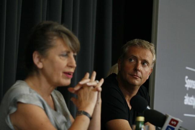 Joanna Wnuk-Nazarowai Alexander Liebreich podsumowali pierwszy rok w nowej siedzibie NOSPR i opowiadali o atrakcjach czekających nas w kolejnym  sezonie.