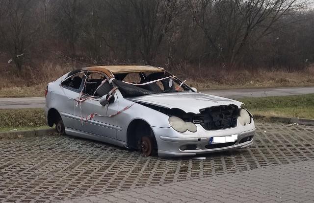 ul. Powstańców 48 Mercedes C