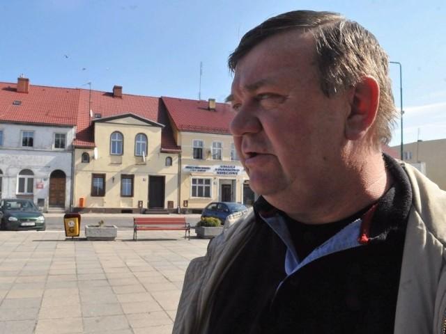 - Trochę urozmaicenia na Rynku na pewno przydałoby się, bo dotychczasowy wygląd już się człowiekowi opatrzył - uważa Grzegorz Lisiewicz