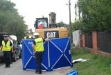 Poznań: Koparka śmiertelnie potrąciła pieszego, lecz śledztwo umorzono. Teraz prokuratura wraca do sprawy. Poszukiwani świadkowie wypadku