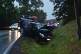 Wypadek na krajowej 20. Zderzenie dwóch samochodów