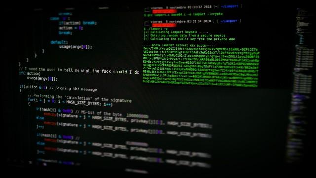 Jak o bezpieczeństwo sieciowe dbają podlascy politycy?