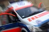 Ruda Śląska. 20-letni kierowca wjechał oplem wprost pod pociąg towarowy. Trafił do szpitala