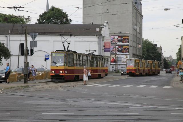 Remont potrwa do końca sierpnia. Tramwaje i auta nie będą mogły tędy przejechaać.