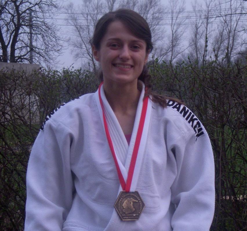 Weronika Przybysz - brązowa medalistka mistrzostw Polski juniorek.