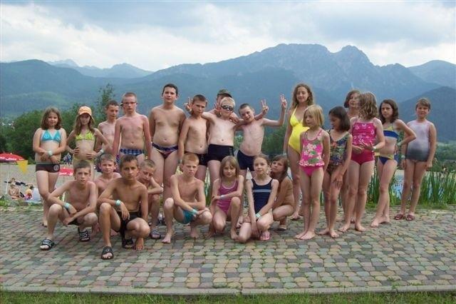 Trzydzieścioro uczniów z gminy Brody wyjechało na kolonie do Zakopanego.