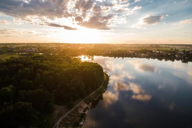 Powierzchnia województwa lubelskiego to ponad 25 tysięcy kilometrów kwadratowych, co klasyfikuje je pod tym względem na trzecim miejscu w kraju.