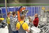 Nowe kompetencje na nowe czasy: Volkswagen Poznań odpowiada na potrzeby Przemysłu 4.0