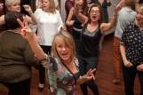 Babski Comber w Chorzowie. Kobiety na Śląsku bawią się wyśmienicie. Są tańce, śpiewy i pokazy