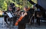 Piękna muzyka zabrzmiała w parku miejskim w Grudziądzu [zdjęcia]
