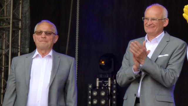 Wiesław Skop (z prawej) zapowiada, że za pięć lat zrezygnuje z urzędu wójta Pacanowa. Jan Nowicki, przewodniczący Rady Gminy, przestał pełnić tę funkcję w ubiegłym tygodniu.