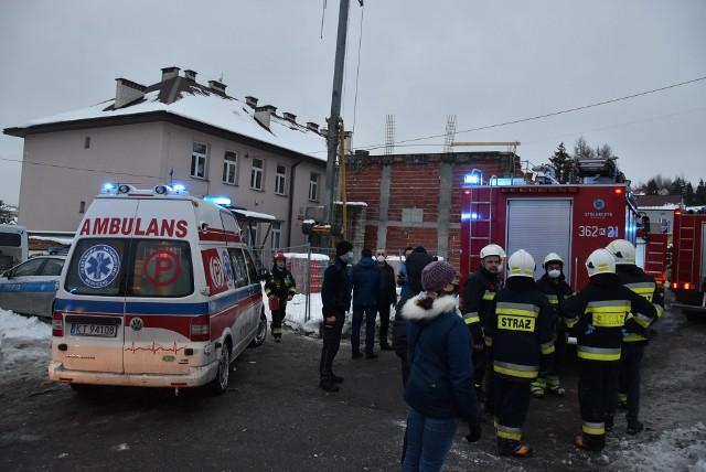 Do zawalenia się stropu doszło podczas budowy hali sportowej w Żurowej (gm. Szerzyny)