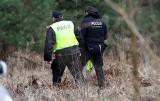 Ciało kobiety zakopane w lesie. Nieoficjalnie ofiara to zaginiona z okolic Zielonej Góry [ZDJĘCIA]