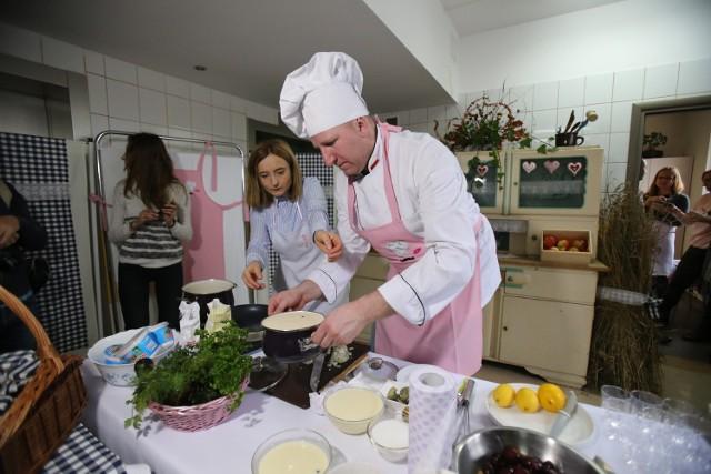 Mistrz śląskiej kuchni, Remigiusz Rączka, gotował wedle specjalnego menu dla chorych