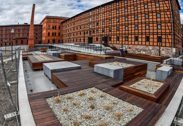 Nowa atrakcja Bydgoszczy wkrótce gotowa. We wnętrzu Młynów Rothera trwają ostatnie prace. Z kolei trasem i fontanną będziemy mogli cieszyć się już od 1 maja.