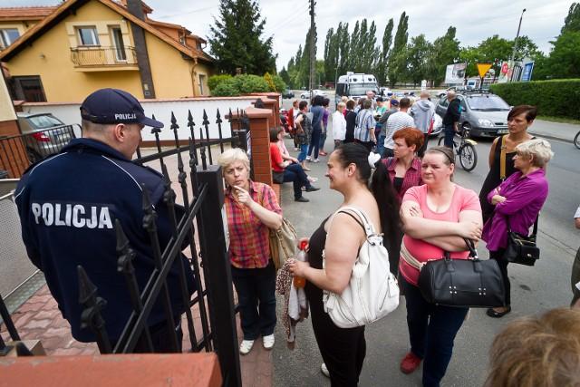 1 czerwca pracownicy protestowali przed siedzibą Microsa, na bydgoskim osiedlu Glinki, bo od kwietnia nie dostali wypłat