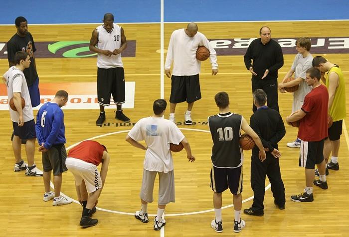 Trening koszykarzy Czarnych