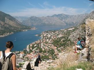 Widok na Bokę Kotorską z twierdzy górującej nad Kotorem