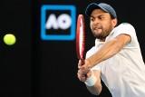 Australian Open. Novak Djoković pierwszym finalistą - koniec pięknego snu rosyjskiego kwalifikanta Asłana Karacewa. I tak może być dumny