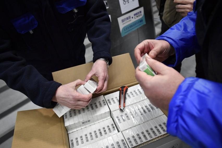 Węgry jako pierwszy kraj Unii Europejskiej kupiły chińską szczepionkę przeciwko koronawirusowi